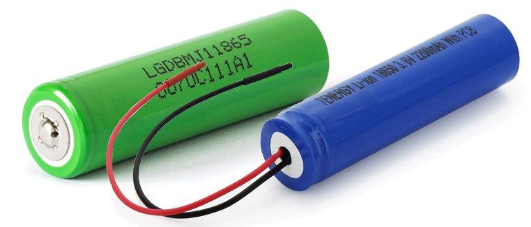 Две батарейки