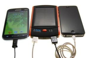 Зарядник на солнечной батарее